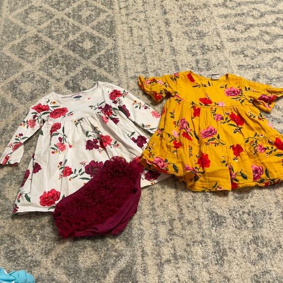Old Navy floral infant dresses